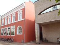 Holbæk Bibliotek - hovedindgangen